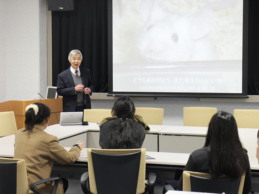 Highschool students from Gunma visit BRI
